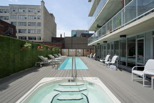 The swimming pool at or close to SMR Lisgar Ottawa