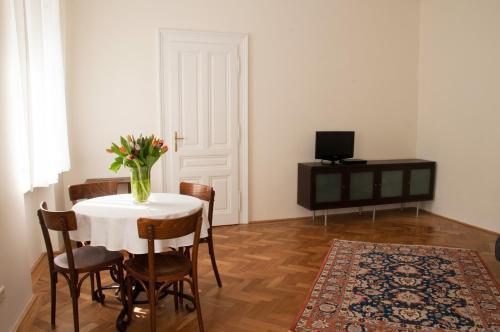 TV/Unterhaltungsangebot in der Unterkunft Apartment Hirsch I