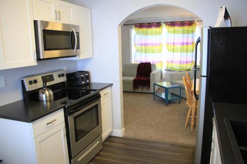 Cuisine ou kitchenette dans l'établissement Stoneshire Guesthouse