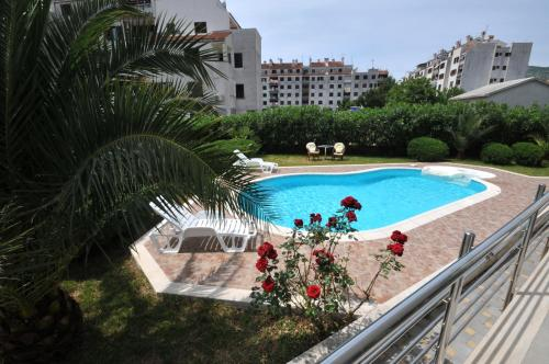 A view of the pool at Apartments Villa Lida or nearby