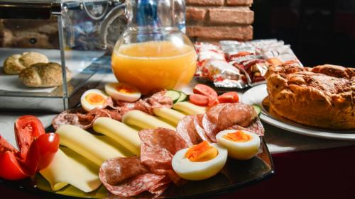 Breakfast options available to guests at Residence Antico San Zeno