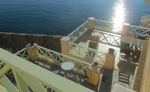 A balcony or terrace at Apollonos Seafront Apartment