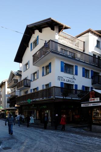 Hotel Garni Testa Grigia im Winter