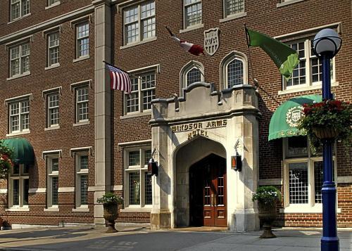 Windsor Arms Hotel (Canadá Toronto) - Booking.com