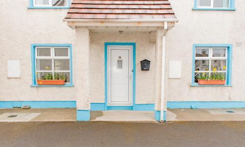 Façana o entrada de Marine View 3 - Bed Townhouse
