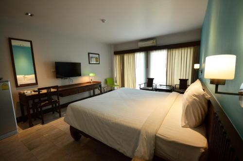 A room at Sakorn Residence and Hotel