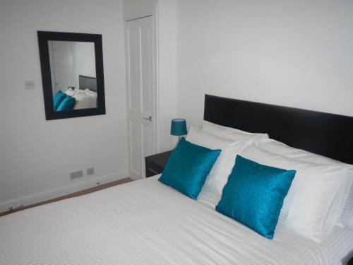 A room at Regent Quay Apartment