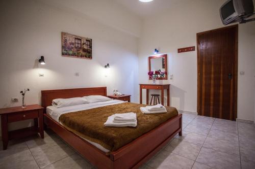 A room at Ammoudi Hotel