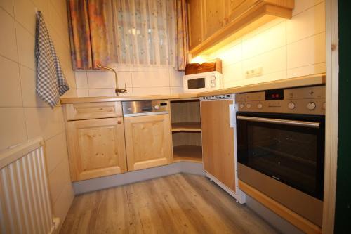 Küche/Küchenzeile in der Unterkunft Appartement Gorgasser im Berghaus Glockner