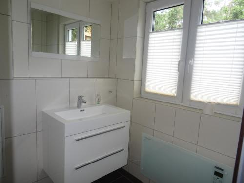 Ein Badezimmer in der Unterkunft Schwedenhaus im Grünen