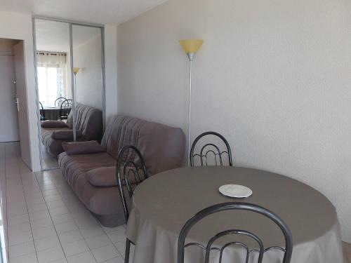 A seating area at Apartment Acapulco.2