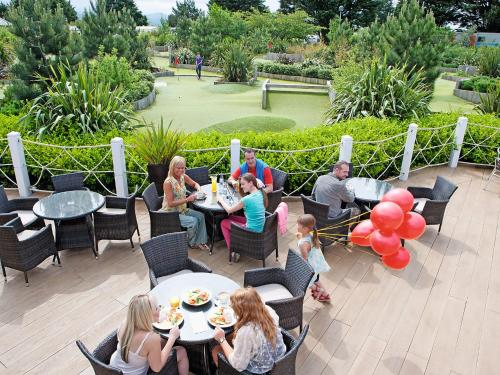 A porch or other outdoor area at Holiday Home Greenacres.3