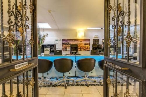 The lounge or bar area at Aurelia Vatican Apartments