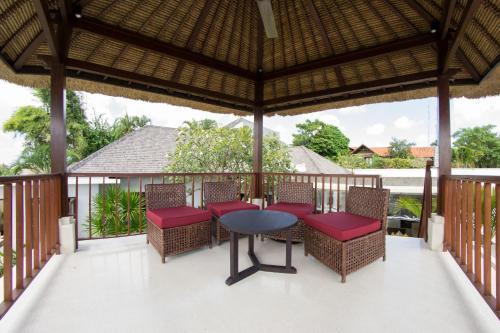 A porch or other outdoor area at Villa Seratus