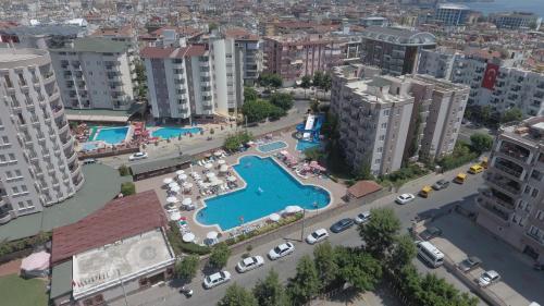 Een luchtfoto van Club Sidar Apart Hotel