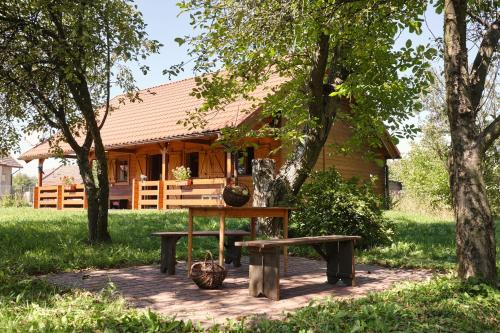 Drewniany Dom Z Pięknym Ogrodem Bochnia Aktualne Ceny Na