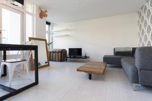 Apartment East Flevopark Amsterdam休息區