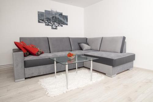 A seating area at Apartament Zacisze Tatr