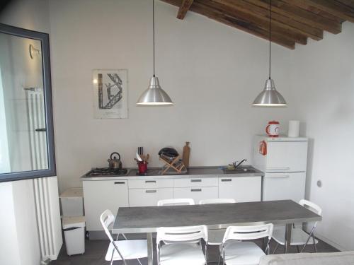Una cocina o zona de cocina en La Crisalide