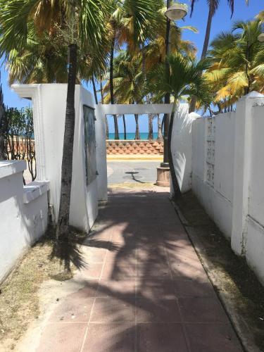 Borinquen Beach Inn San Juan Puerto