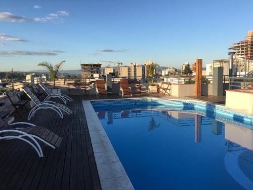 The swimming pool at or near Aires de la Villa