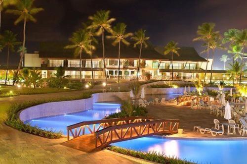 A piscina localizada em Beach Class Bangalô Premium ou nos arredores