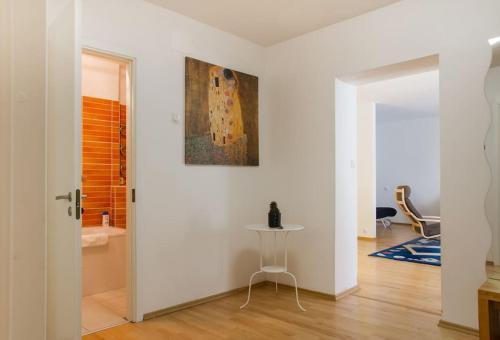 Ein Sitzbereich in der Unterkunft Zilvinas Apartment Didzioji