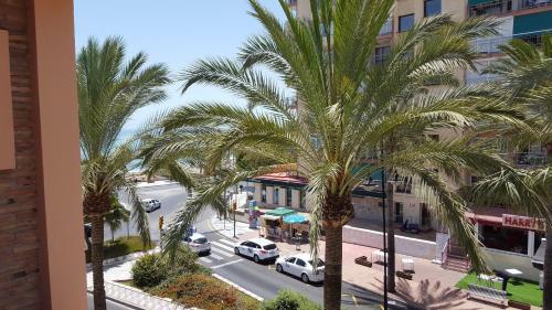Vista generica su Benalmádena o vista sulla città dall'interno dell'appartamento