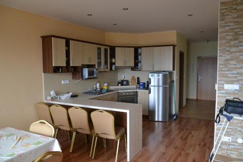 Kuchyňa alebo kuchynka v ubytovaní Apartmán 54 B Panorama Donovaly