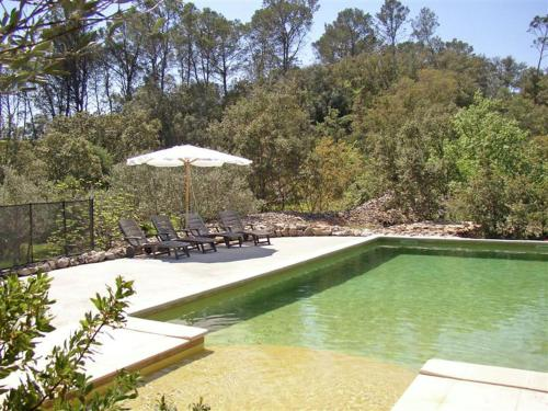 The swimming pool at or near Calm Holiday Home with Swimming Pool in Carces France