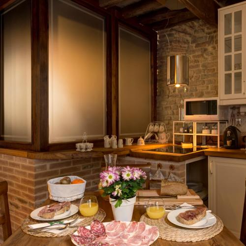 Coffee and tea-making facilities at Le Stanze di Rigoletto