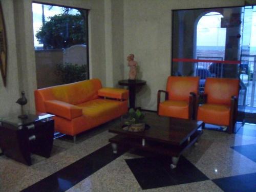 A seating area at Apartamento Praia De Iracema