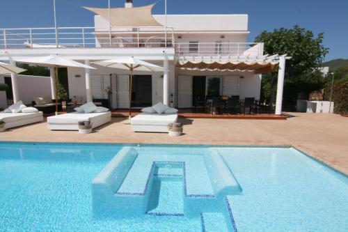 The swimming pool at or near Villa Mara