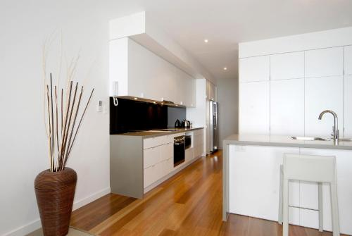 A kitchen or kitchenette at C-Scape Apartment 1