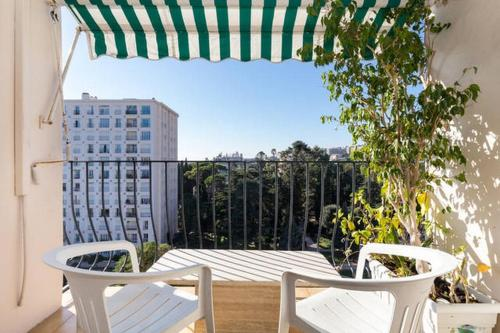 A balcony or terrace at 7th floor flat with sea view