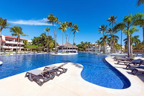 Punta Cana Resorts >> Occidental Punta Cana All Inclusive Resort Barcelo Hotel