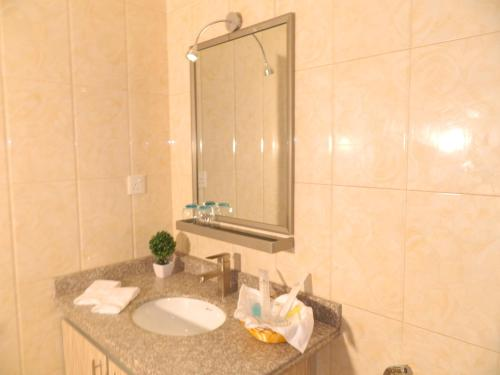 A bathroom at Wanasa Hotel Apartments
