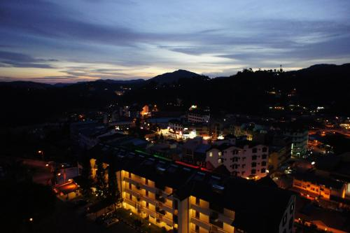 A bird's-eye view of Cameron View Apartment @ Crown Imperial Court Brinchang