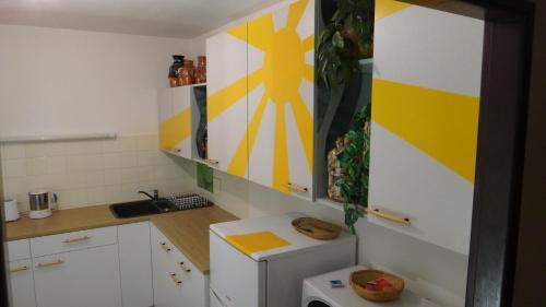 Kuchyň nebo kuchyňský kout v ubytování Prázdninový dům - PACL Červená Řečice