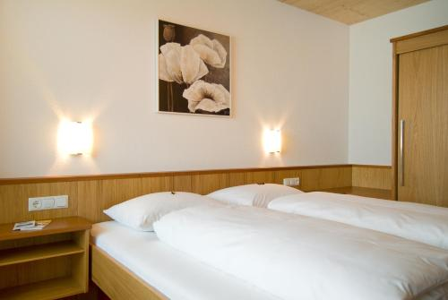 Llit o llits en una habitació de Apart Marienberg