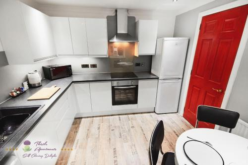 A kitchen or kitchenette at Thistle Apartments - Marischal Square