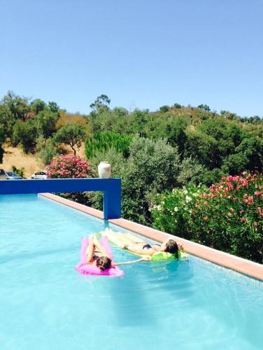 A piscina em ou perto de Olival das Hortas