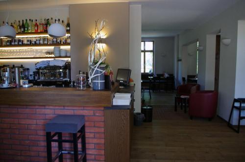 Lounge oder Bar in der Unterkunft Forsthaus Sommerswalde