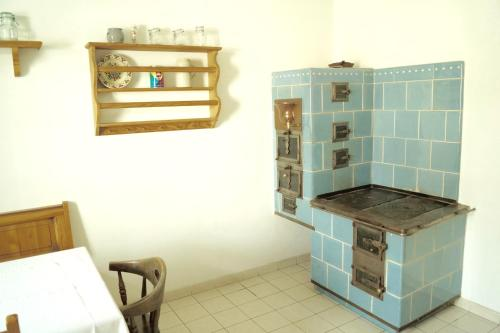 A kitchen or kitchenette at Apartments Wirrer