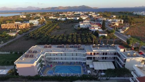 A bird's-eye view of Marianna Hotel
