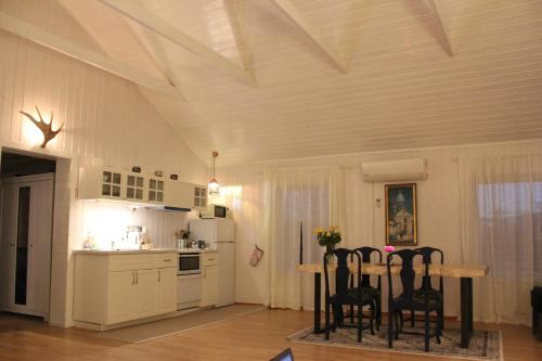 A kitchen or kitchenette at Holiday Home Hamar