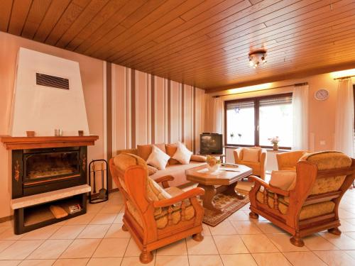 Beautiful Apartment on a Farm with Terrace in Loogh