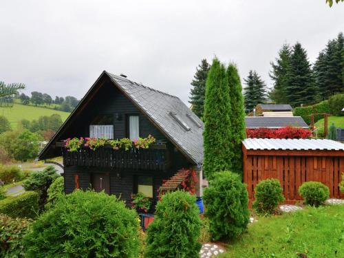 Attractive Holiday Home in Cranzahl near the Forest