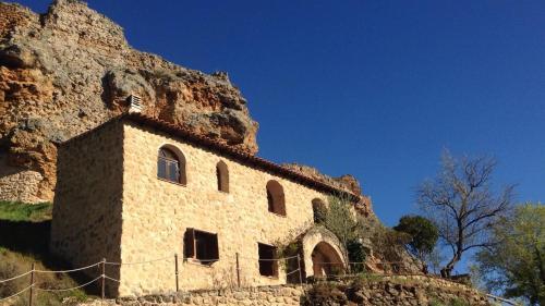 Zorita Castle Cottage (España Zorita de los Canes) - Booking.com