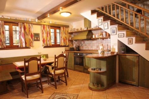 A kitchen or kitchenette at Casa Brolo